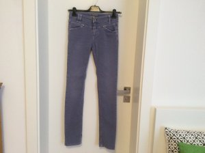 Jeans von Closed in flieder