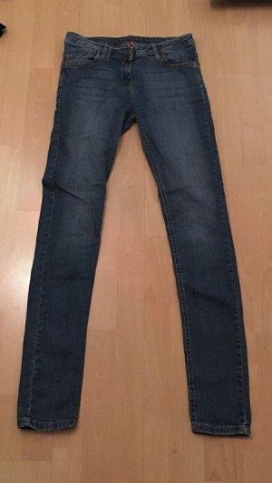 Jeans von DenimCo