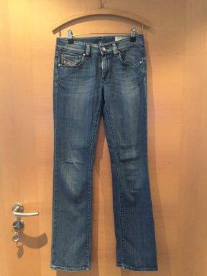 Jeans von Diesel Gr. 27/32 neuwertig