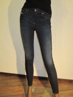 Jeans von Diesel, Modell Skinzee