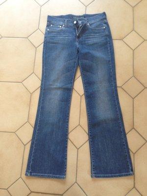 "Jeans von DKNY ""used Look"", Größe 27 neu"