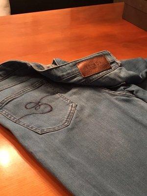 Jeans von Escada
