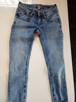 Jeans von Gang, Gr. 25