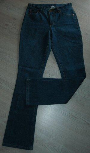 Jeans von GUESS in Größe 28