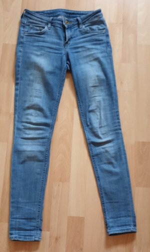 H&M Tube jeans blauw