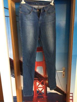 Jeans von Levi's in Gr. 28