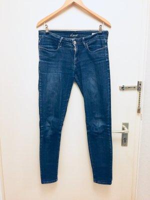 Jeans von Lewis