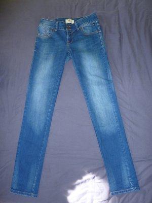 Jeans von LTB ungetragen