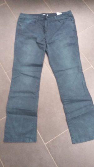 jeans von s.oliver mit toller unregelmäßiger Waschung
