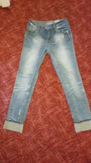 Jeans von Steinbruch mit Waschung