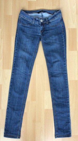 Jeans von Tally Weijl in der Größe 32