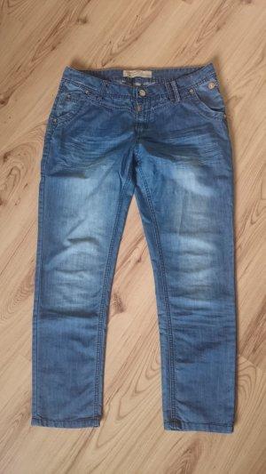 Jeans von Timezone, Gr. 36/38 bzw. 30/32- wie neu