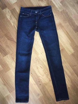 Jeans von Tommy Hilfiger in W26/L32