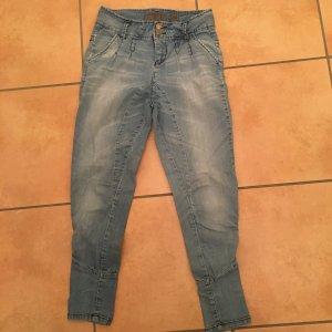 Jeans von Vero Moda in Größe 26/32