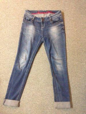 Jeans weit unter Wert abzugeben- Größe 29