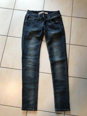 Jeans wie neu