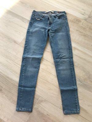 Jeans Zara blau bequem