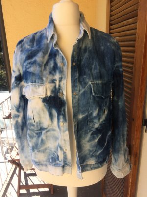 Jeanshemd/Jacke in Batik von Zara