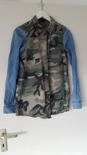Jeanshemd mit Army Muster