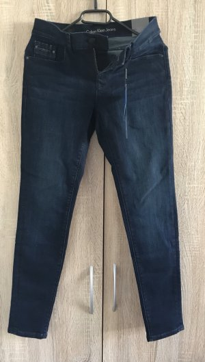 Calvin Klein Jeans Pantalon boyfriend bleu foncé
