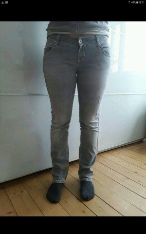 Jeanshose grau von SOCCX