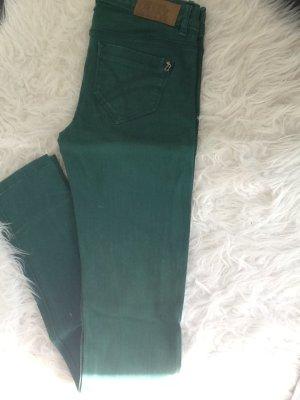 Jeanshose in der Farbe Grün