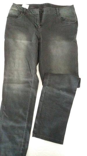 Jeanshose in Kurzlänge