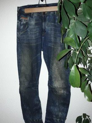 Jeanshose: leichte Boy-Friend Form