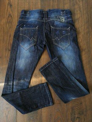 Jeanshose mit Stone Washed Effekt (Gr. M)