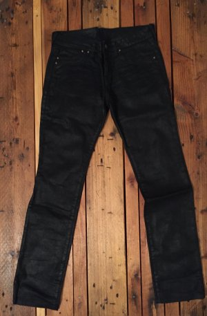 Jeanshose schwarz gewachst