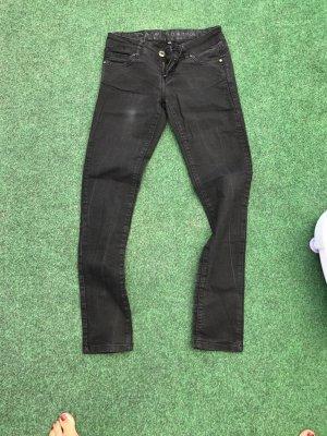 Jeanshose schwarz Größe 34 guter Zustand