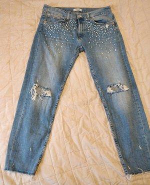 Jeanshose used look mit cutout / Knieschnitt und Perlen von ZARA, Gr. 40