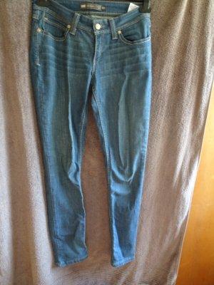 jeanshose von levis