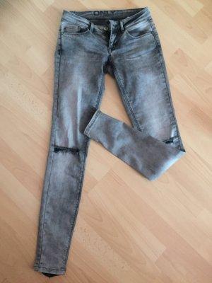 Jeanshose von Only grau mit Cut-Outs