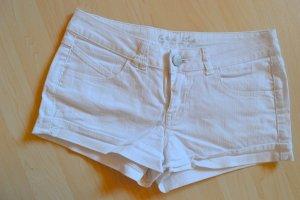 Jeanshotpants weiß, selten getragen