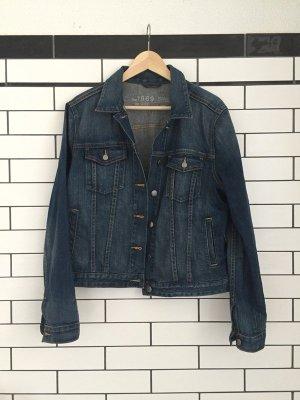 Jeansjacke im 80/90er Stil