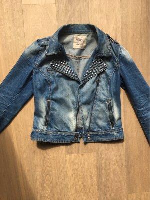 Jeansjacke im Usedlook von Zara