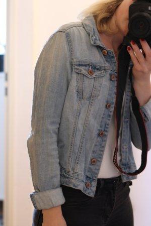Jeansjacke, kurz geschnitten