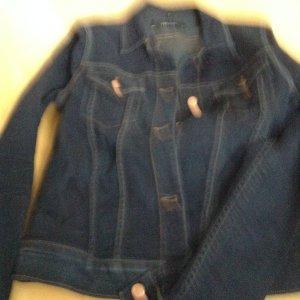Jeansjacke leicht tailliert