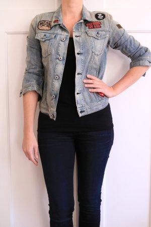 Jeansjacke mit coolen Patches von Diesel Gr. S