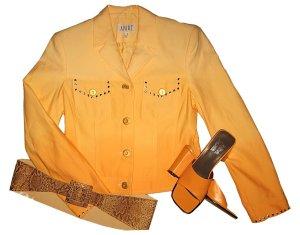 Jeansjacke mit Farbverlauf Gelb Orange und Nieten 34/36 NEU