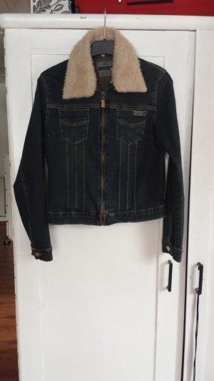 Jeansjacke mit Fellkragen