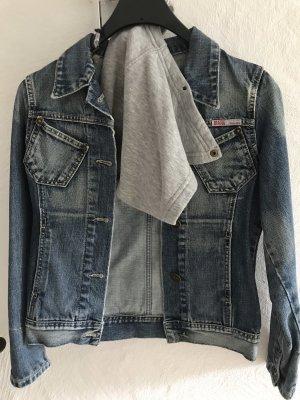 Jeansjacke mit Kapuze