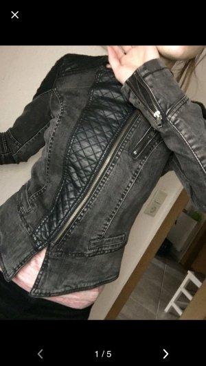 Jeansjacke mit Lederimitat-Elementen