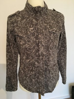 Jeansjacke mit Rosendruck