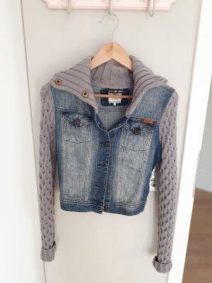 Jeansjacke mit Strickärmeln