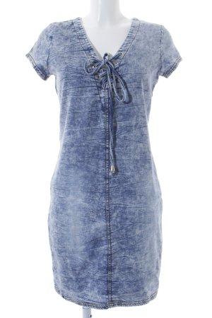 Jeanskleid blassblau Used-Optik