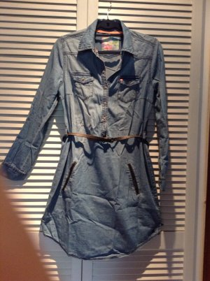 Jeanskleid der Marke S. Oliver