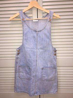 Jeanskleid der Marke Vero Moda