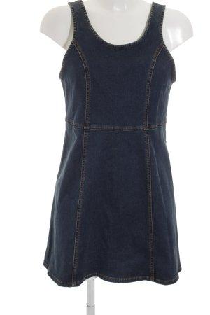 Jeansjurk donkerblauw straat-mode uitstraling